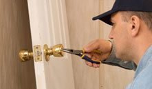 Estate Locksmith Store Blue Springs, MO 816-282-2140